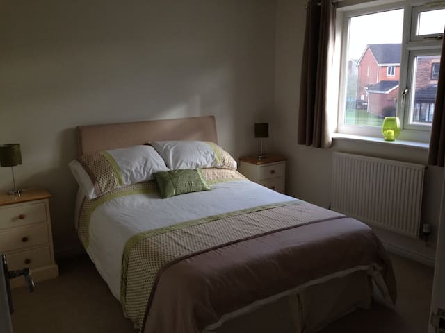 Double Room in Poulton, Lancashire - Poulton-le-Fylde - House