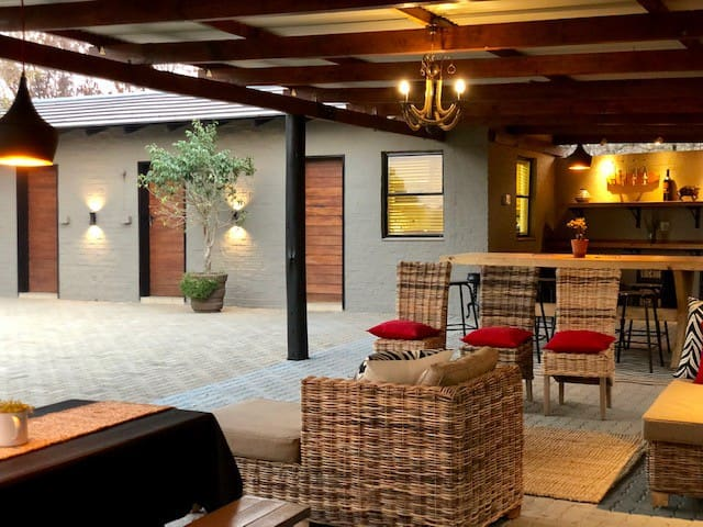 Klippieskraal Bushveld Lodge ( self-catering)