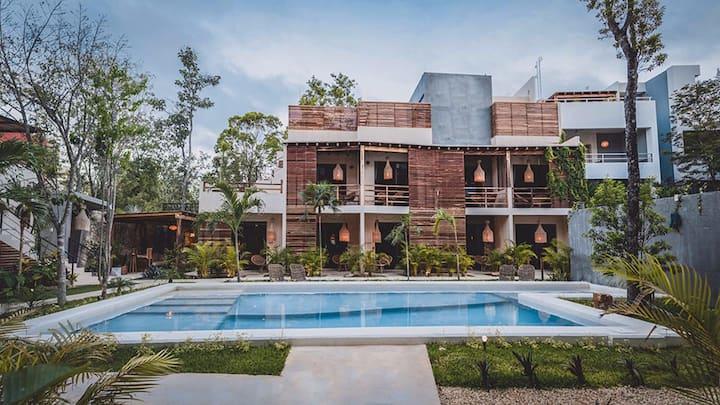 Casa Mapache - designer jungle oasis in hip Tulum