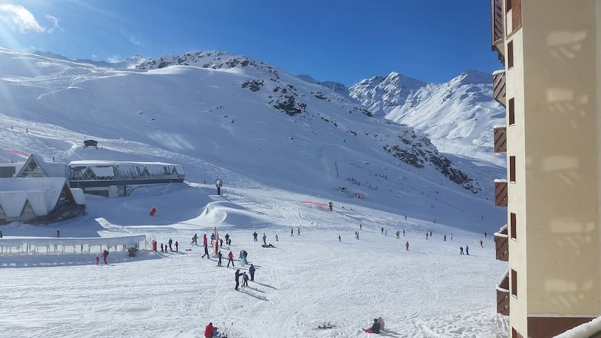 Val Thorens 4 Person Studio Ski-in/Ski-out 24m2 2