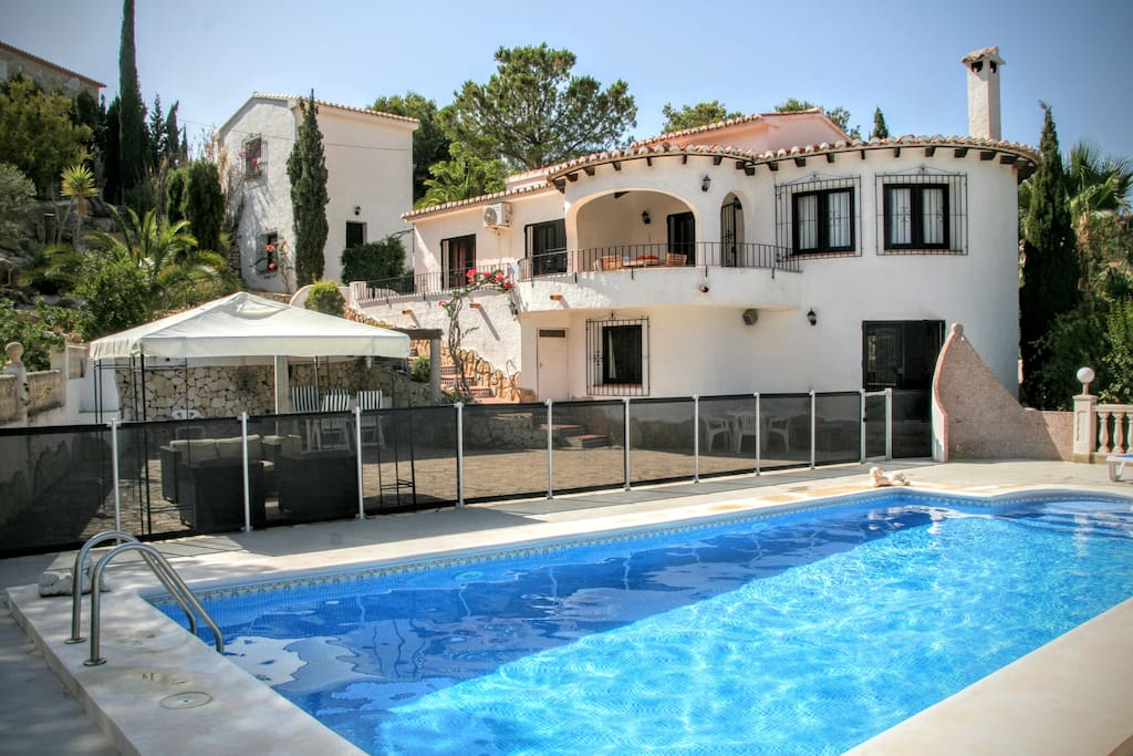 Villa mejor moraira el portet 10 persons villas for rent - Villa el portet ...
