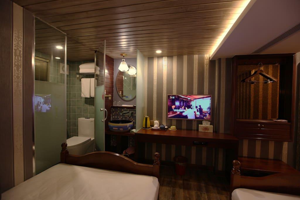 【足迹】房间提供西湖龙井可共免费冲泡饮用;有窗户
