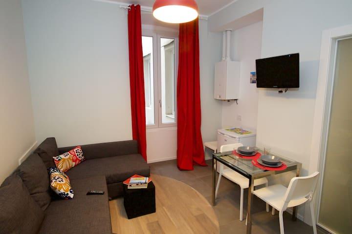 Elena's New Comfy Apartment_int. 65