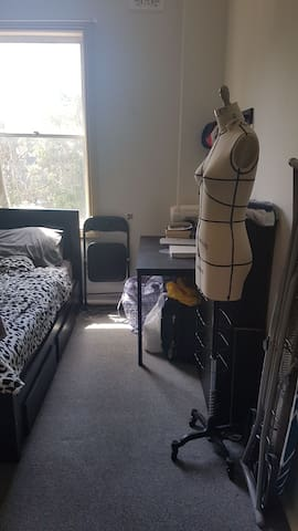 Private room in Manly for a couple or individuals!