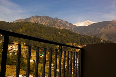 Hotel Hill Town - Dharamshala - Дом