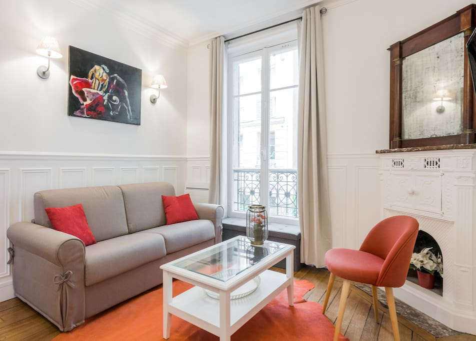 Fully renovated in, 2017, Parisian touch