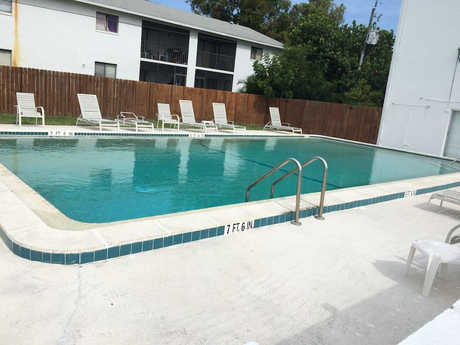 55 2 2 Pool Condo Unforgettable Florida Visits Condominiums For Rent In Cape Coral Florida
