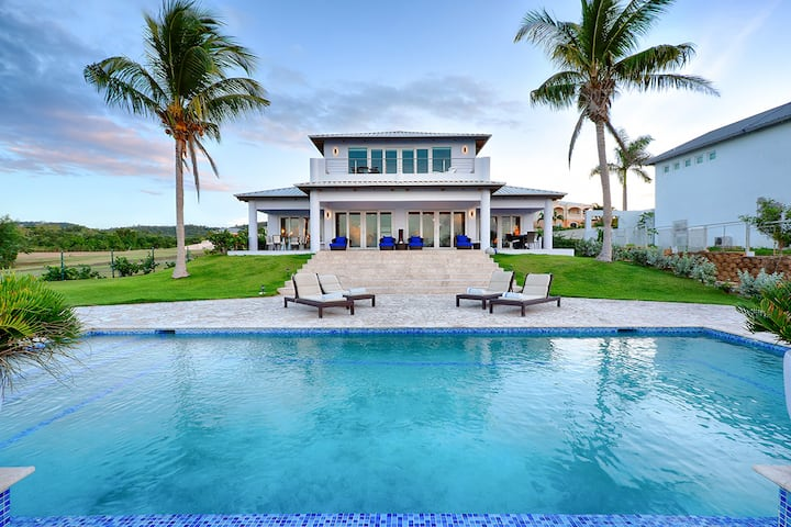 Vieques Beachfront Luxury Living