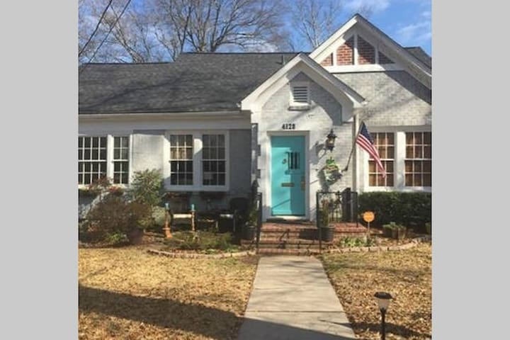 Funky Fondren! 3/2 with fenced yard!!!