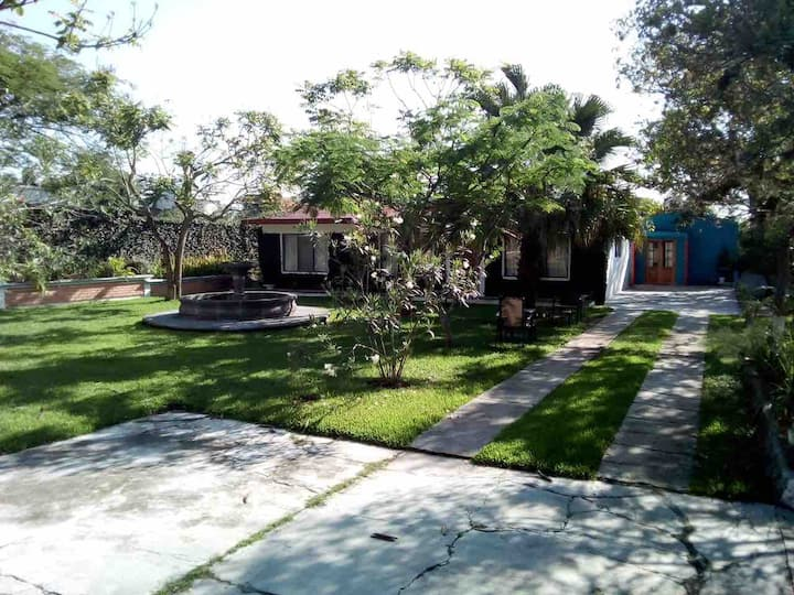 Villa Framboyanes