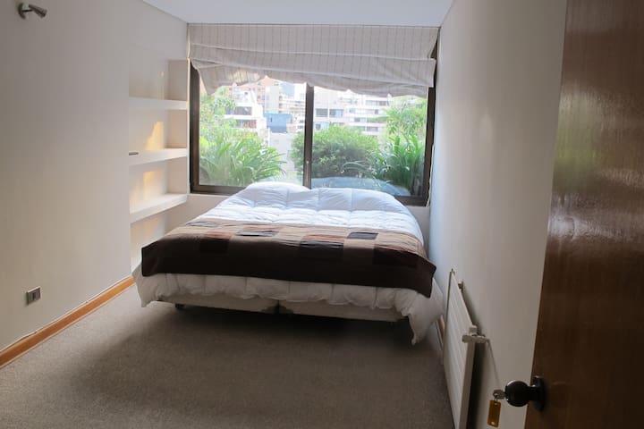 Comfy room + nice view + quiet area in El Golf.