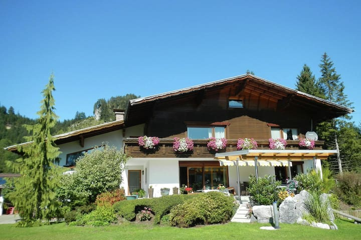 Heavenly Apartment in Wängle Tyrol with Walking Trails Near