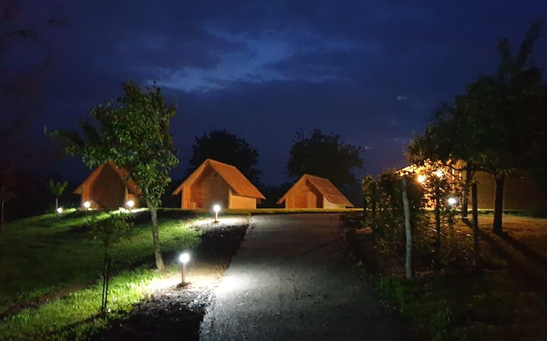 Glamping, wooden chalets - 5