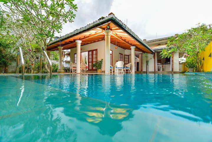 Villa Arali (Private Villa with Swimming Pool)