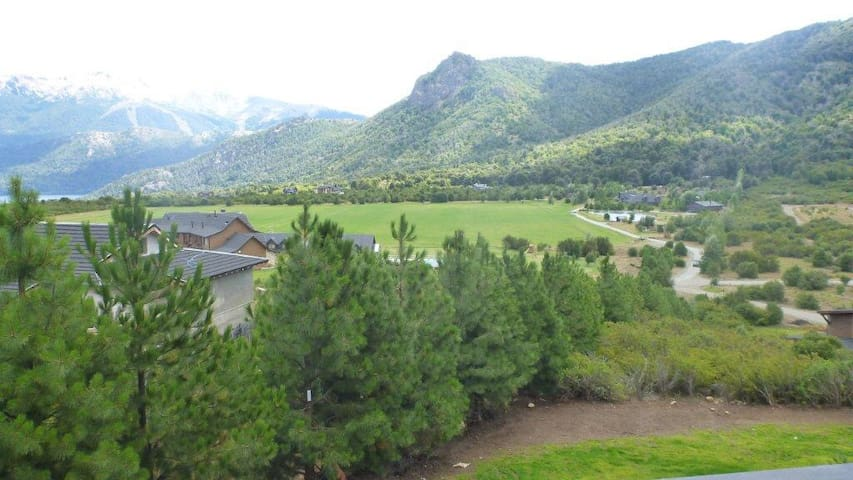 Arelauquen, Bariloche golf & C Club - San Carlos de Bariloche - Daire