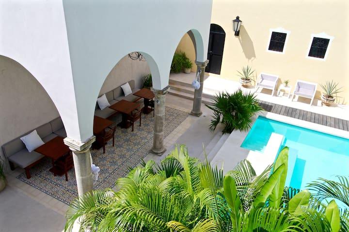 Luxurious Colonial Villa - Mérida - 別荘