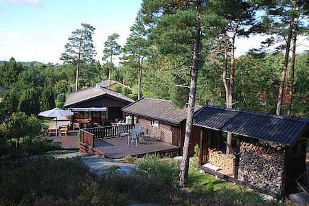 Lokholmen by Stromstad, large private home