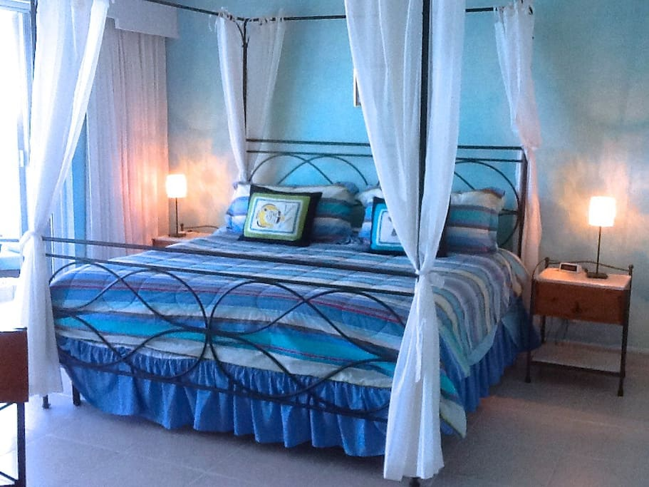 2nd master suite bedroom