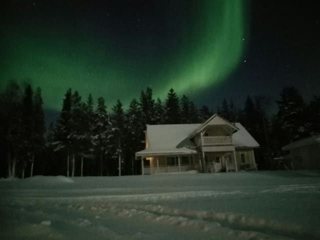Northern Lights House - Rovaniemi - Casa