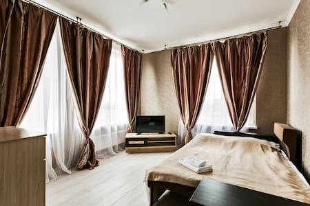 New Star, 2 спальни, отдельная кухня.