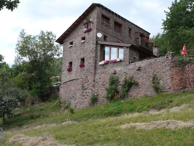casa rural en pirineo.Sort. 1340m. hab. d+d - Soriguera - Casa
