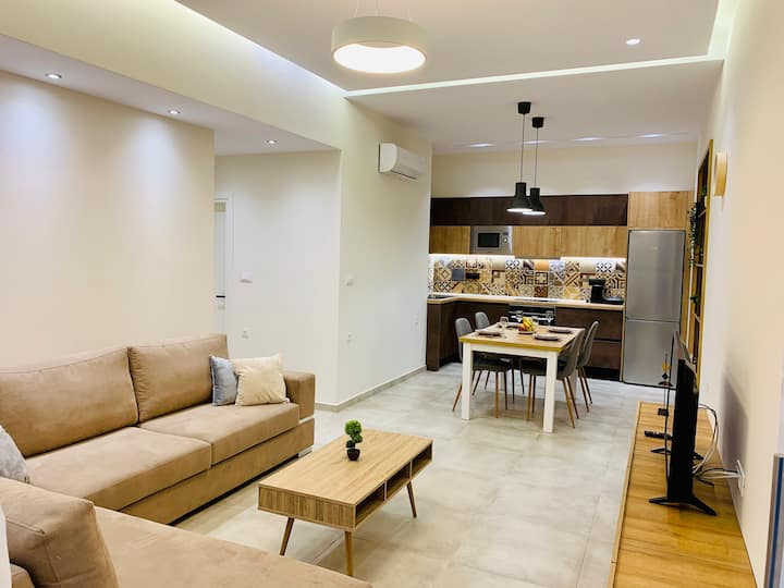 Apartment Marla.
