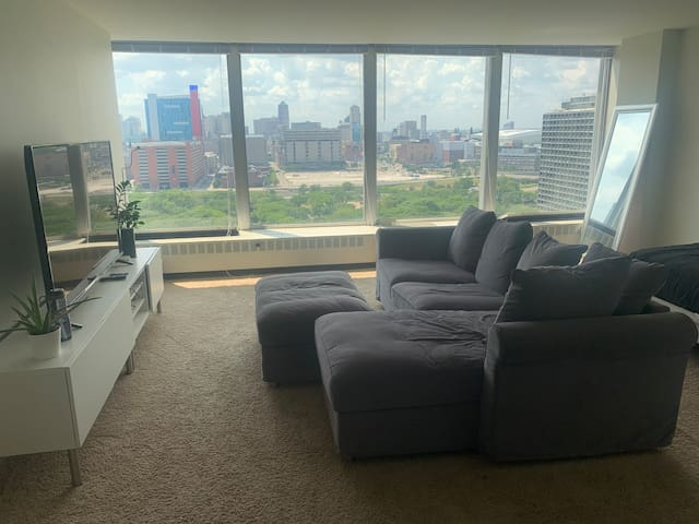Lafayette Towers Studio Apartment Downtown Detroit