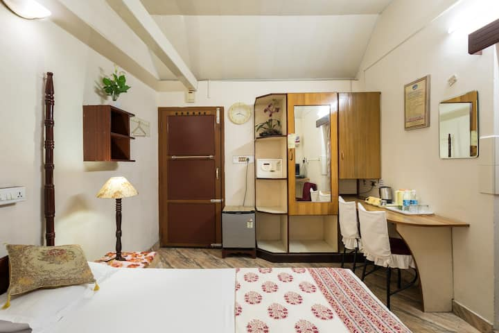 Sonnetta Residency - Double Bed Room