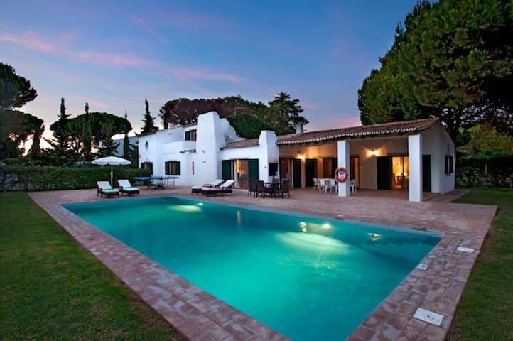 Chaminé de Cá - Lovely villa in Vale do Lobo - Faro - Haus