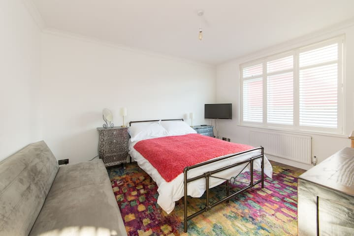 A bright and airy room in Central Ramsgate