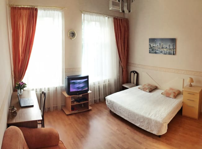 Comfortable apartment in a nice area