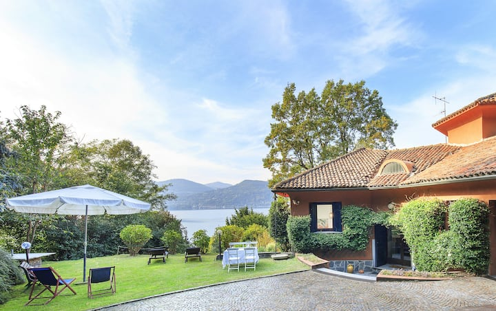 Peaceful villa at the lake shore! - Villa Nassi