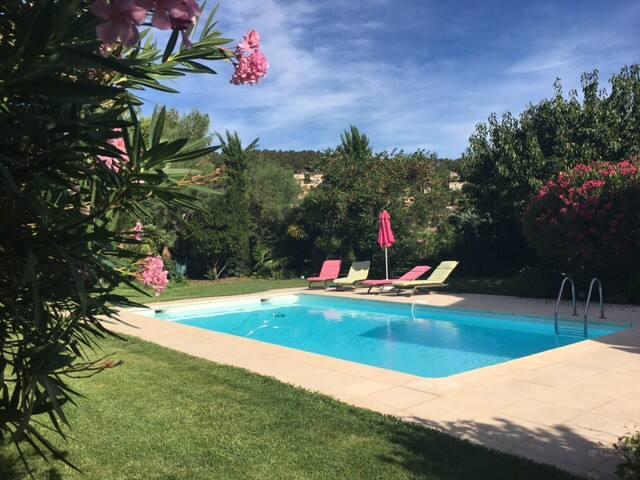 Villa de 160 m2 avec piscine - Carnoux-en-Provence
