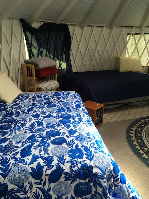 The yurt sleeps 6, with room for some extras on the floor if you bring mats or air mattresses.