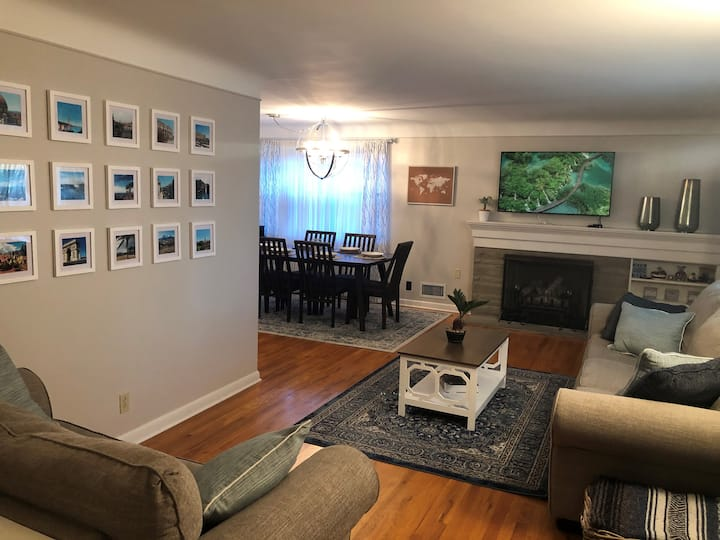 *New Listing Discount* - Cozy 2 bed/2 bath House
