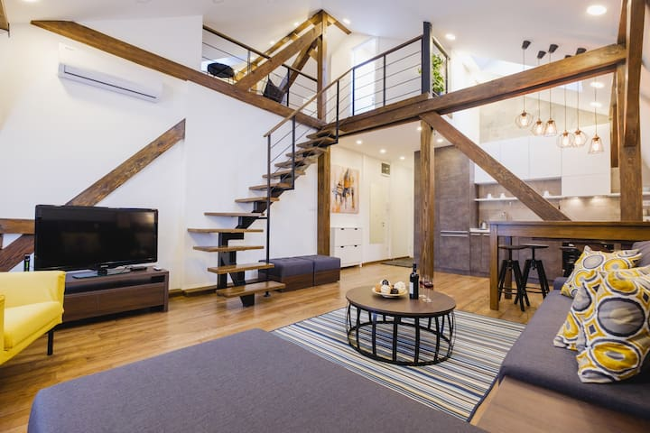 Lea Lux, beautiful two-level apartment