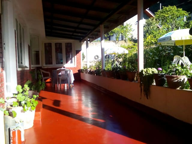 Ceylon guest Home Stay