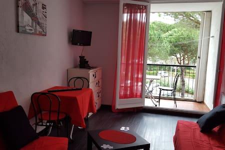 Appartement avec Terrasse, Plages, Parking, WIFI