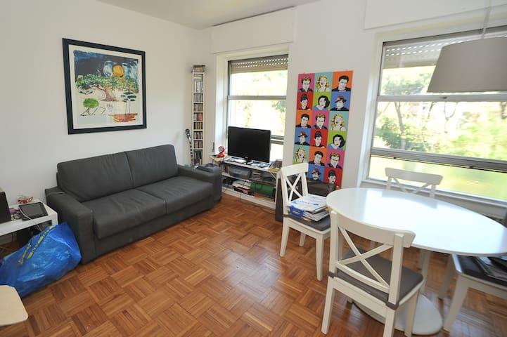 Stunning Studio flat in Rome Eur centre (laghetto) - Rom