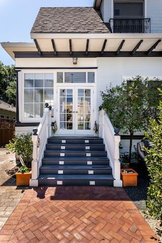 Professorville Palo Alto Victorian Property