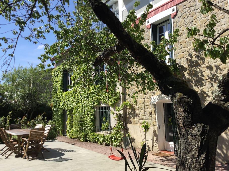l 39 orchid e g te de charme carcassonne maisons de ville louer carcassonne languedoc. Black Bedroom Furniture Sets. Home Design Ideas