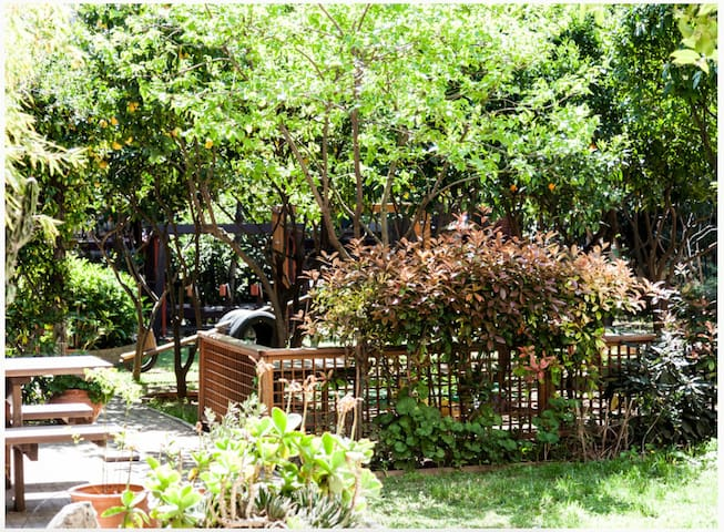 1 bd aprtmnt w garden North suburbs - Chalandri - Wohnung