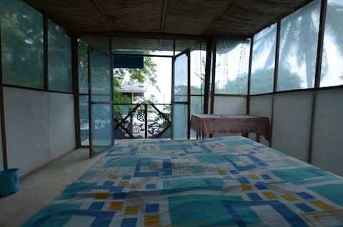 Private Cottage in Rosario Island