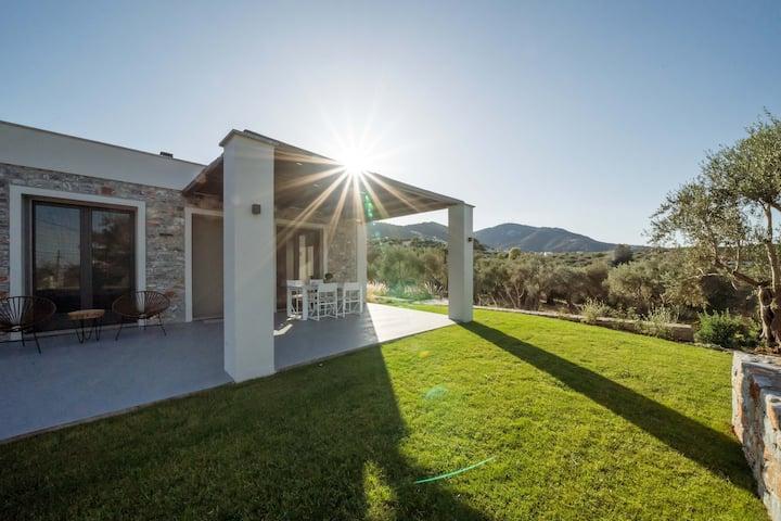 Elies Residences Villa ERESOS