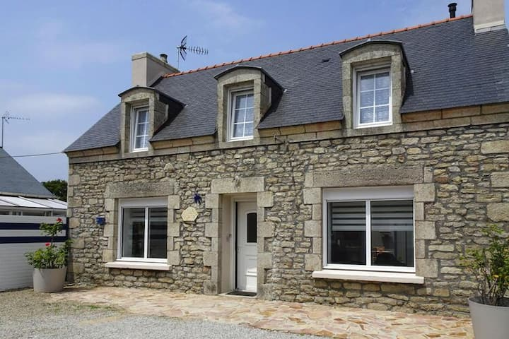 4 star holiday home in Pont-l'Abbé