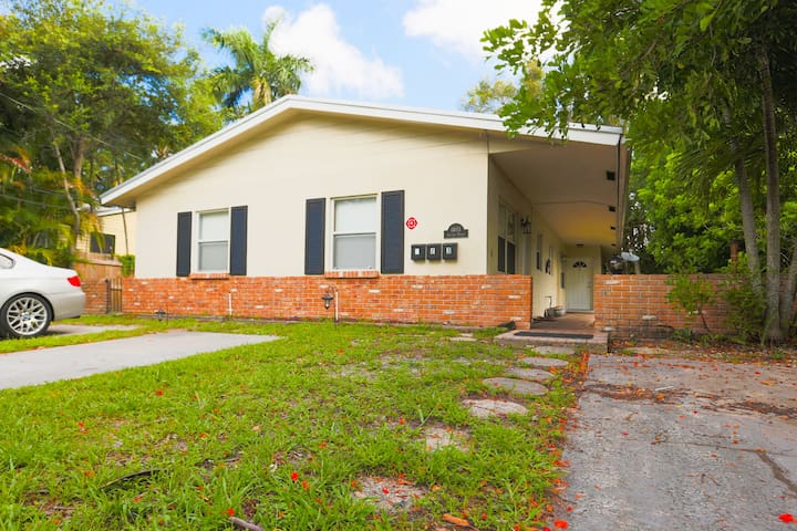 The Best Home-Downtown Fort Lauderdale