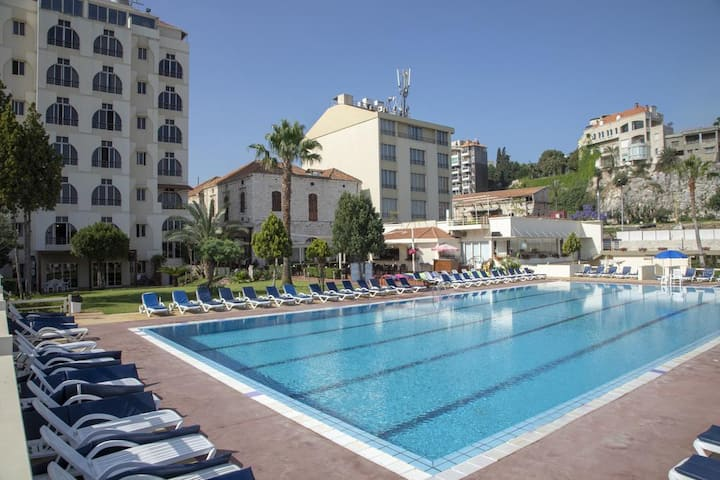 Hansa Home Bel Azur Beach in Heart of City to Walk