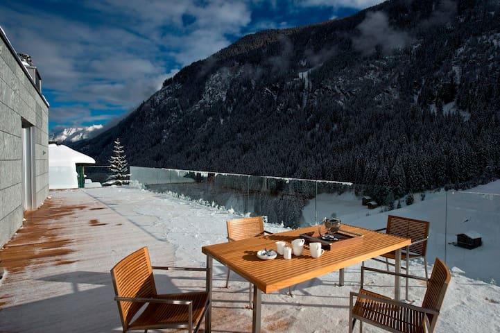 Luxury Penthouse LE CABARET+119m² terrace+wellness - Kappl - Apartamento