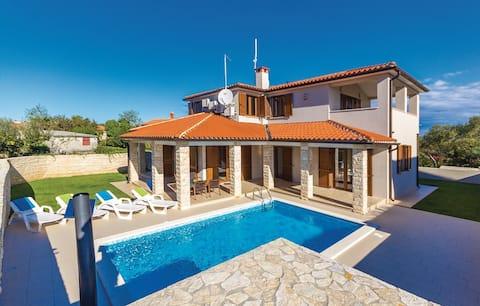 Villa Tvoja