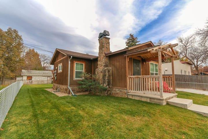 Cody Cottage near Yellowstone NP